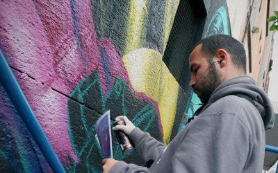 """Mon Devane: """"Internet ha sido vital para difundir mis obras"""""""